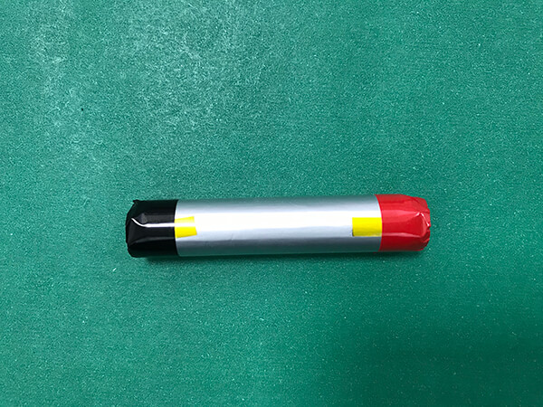 3.7V Rechargeable Cylindrical Lithium Polymer Battery LPC13600 900mAh 3.33Wh